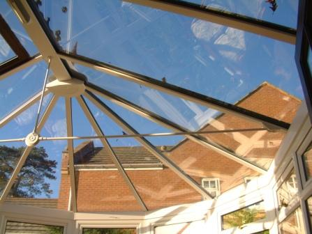 Conservatory glazing - tinted glass roof in a conservatory